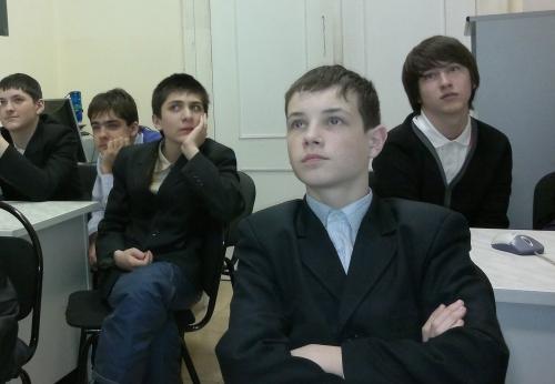 Посещение школьной нанотехнологической лаборатории на кафедре ИУ4 МГТУ им.Н.Э.Баумана.