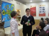 Богданов Андрей (8А) - победитель викторины на Пензенской кондитерской фабрике