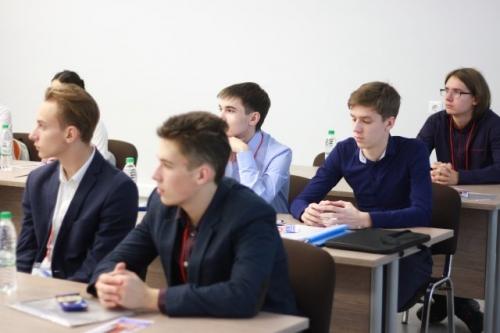 2 этап I Международной проектной олимпиады фундаментальных наук. г. Казань. На защите проектов.