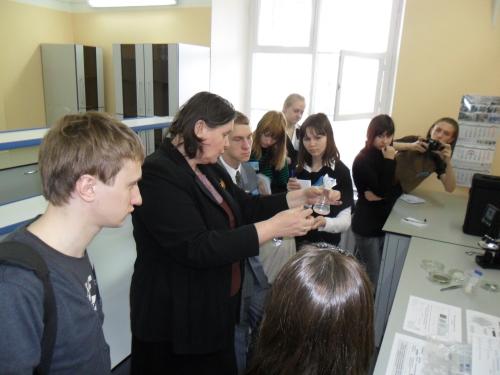 Посещение петербургскими участниками игры Института химии силикатов РАН